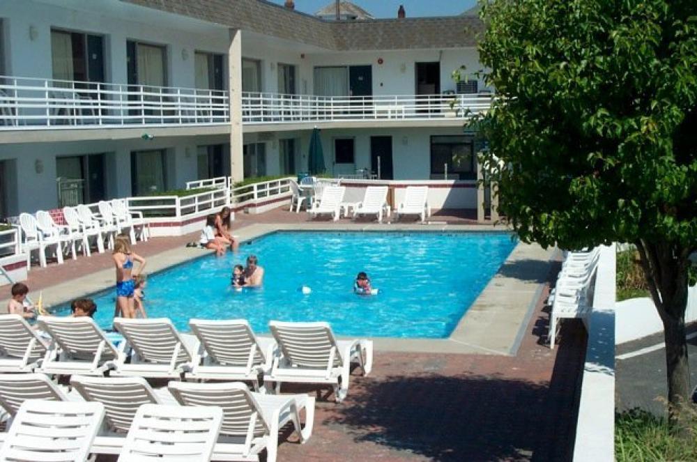 The Impala Island Inn